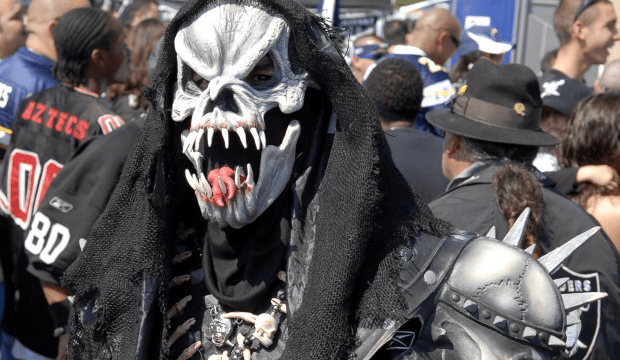 Pictures Of Raiders Fans Painted Face