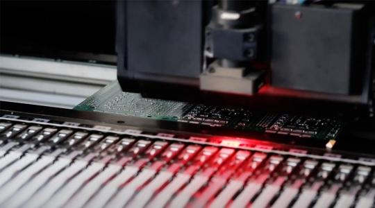 Hemlock Semiconductor Manufactures Success with End-to-End Analytics - Customer Video